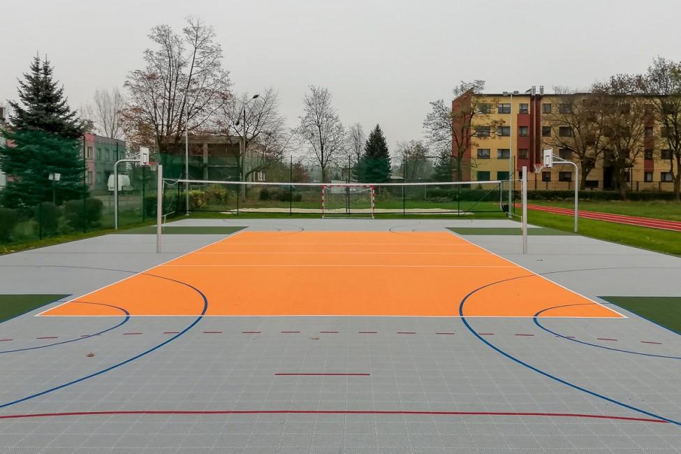 Nowe boisk przy Młodzieżowym Ośrodku Wychowawczym w Radzionkowie